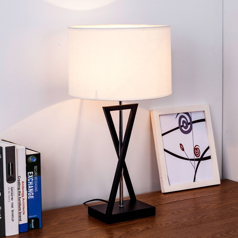 Nordic modern desk lamp led lighting fixtures with iron base and fabric shade for study bedroom  desk light table lamp e27 bulb northern europe simple design bedroom table light modern fabric study room desk lamp creative wedding gift lighting fixtures