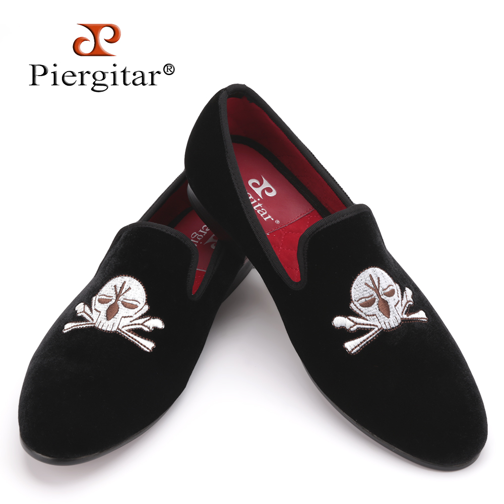 2016 Hot Sale Men Velvet Slippers Embroidered Loafers Shoes with Skull-face Pattern Men Party and Wedding shoe US Size 4-17 балетки piazza italia piazza italia pi022awaxwd3