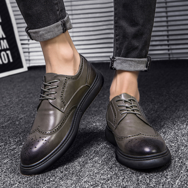 Men's Casual shoes Genuine Leather Business Men Dress Shoes Autumn Winter Classic Waterproof Lace-up man Designer Sneakers