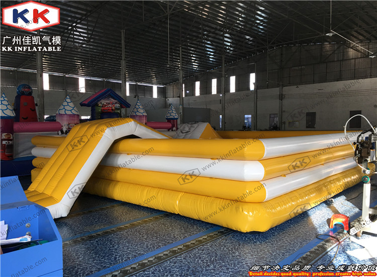 Discount sale airtight ocean balls pool commercial inflatable pool