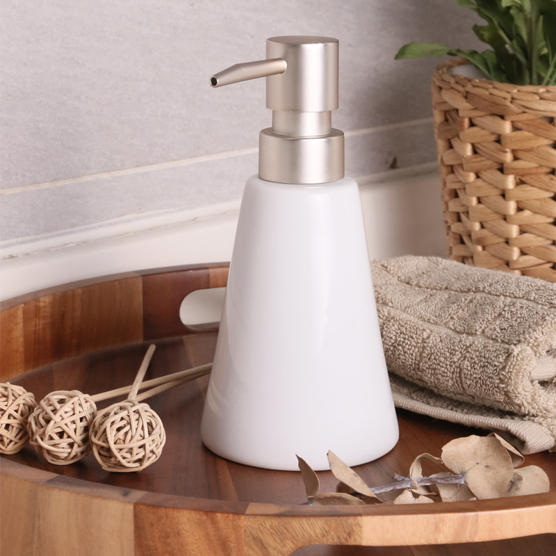 Hand sanitizer bottle fashion shower gel bottle soap bottle ceramic shampoo white beauty bathroom small
