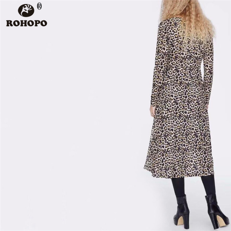 ROHOPO Female Long Sleeve Leopard Midi Dress Buttons Fly Maxi Pleated Vogue Girl Autumn Mid Calf Vestido AZ9118 in Dresses from Women 39 s Clothing