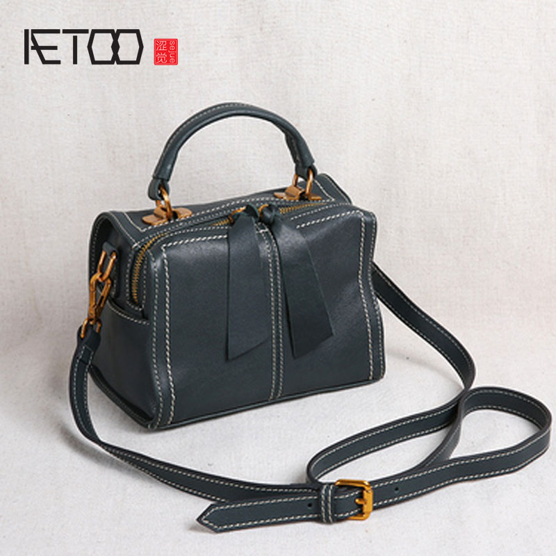 AETOO New leather handbags small bag shoulder bag Messenger bag head layer leather portable small square