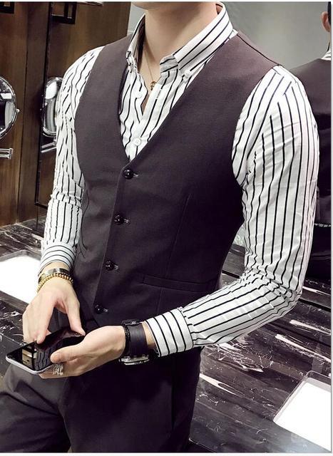 2017 Nuevos hombres del Otoño Chaleco de Estilo Británico Retro Partido Joven Vestido de Chaleco Delgado Ropa Casual de Negocios de Los Hombres de Alta Calidad Venta caliente