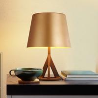 ファッションテーブルランプ現代イタリアの簡単なテーブルランプメタルデスクランプ用寝室のテーブルライト、abajur