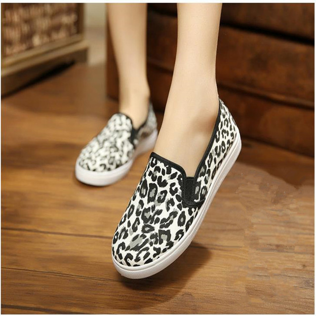 2017 Spring and Autumn Women's Casual Shoes Leopard Print  3 Colors Loafer Women Flats Shoes Free shipping HSE15