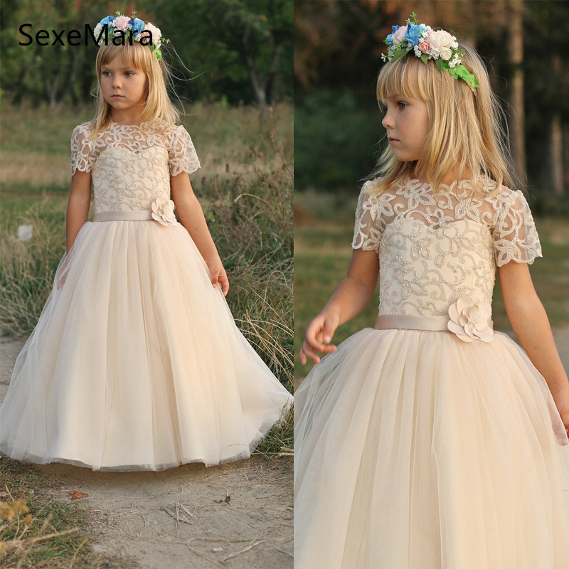 цены 2019 High Quality Customized Flower Girl Dresses Short Sleeves First Communion Dresses for Girls Vestidos de Comunion Casamento