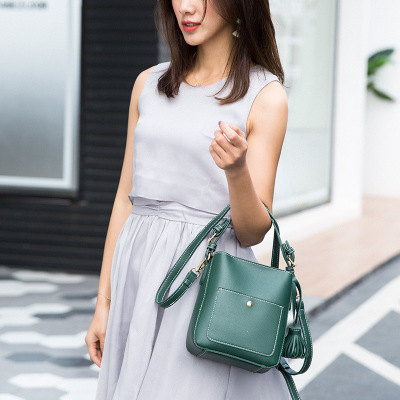 women pu leather bucket tassel bag 2018 novelty green khaki one shoulder bag for female small causal messenger crossbody bag japanese pouch small hand carry green canvas heat preservation lunch box bag for men and women shopping mama bag