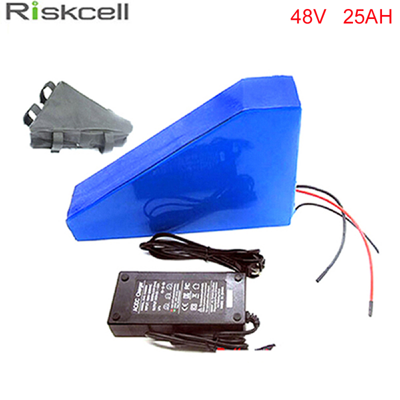 A grade quality 48v 25ah triangle battery 48v 1000W ebike batterie 48v li-ion battery pack for electric bicycle For Samsung cell free customs taxes super power 1000w 48v li ion battery pack with 30a bms 48v 15ah lithium battery pack for panasonic cell