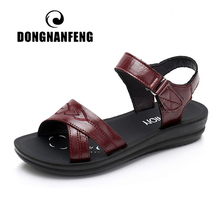 DONGNANFENG Women Female Old Mother Ladies Casual Cow Genuine Leather Shoes Sandals Summer Beach Hook Loop Size 35-41 XZ-113