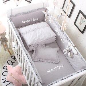 Algodão respirável cama do bebê amortecedor berço anti-colisão recém-nascido forro conjunto almofada segura 4 pçs berço pára-choques capa de cama menino menina unisex cinza