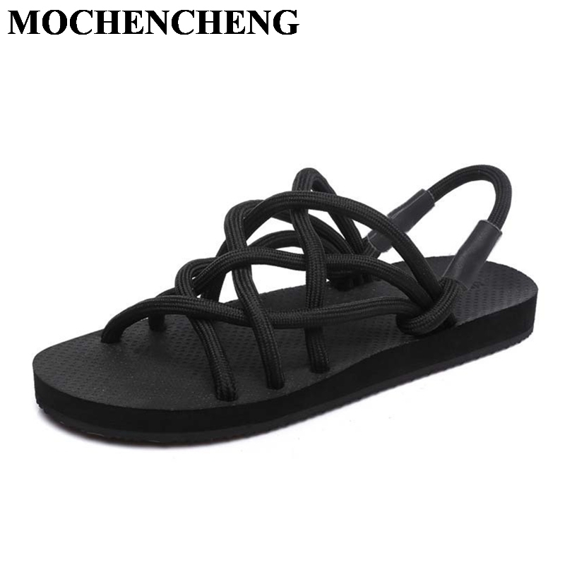 New Men Sandals for Summer Breathable Slip-on Flat Sandals Unisex Fashion Rome Cross-tied Solid Black High Quality Beach Sandals