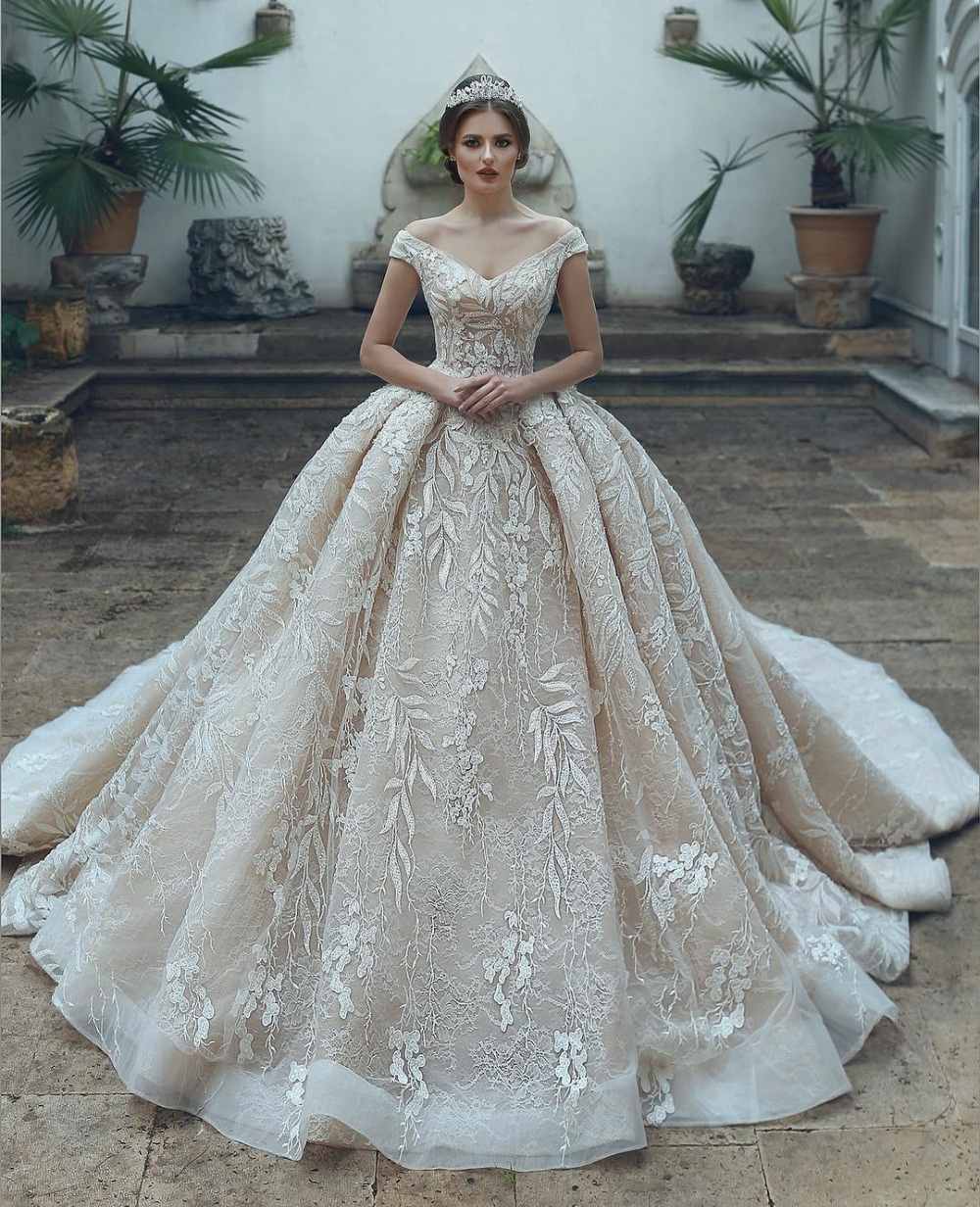 Eslieb Luxury High-end Custom made lace Wedding dress 2019 Ball Gown V-neck wedding  Dresses Vestido de Noiva Bridal Gown 5ed57f638f94