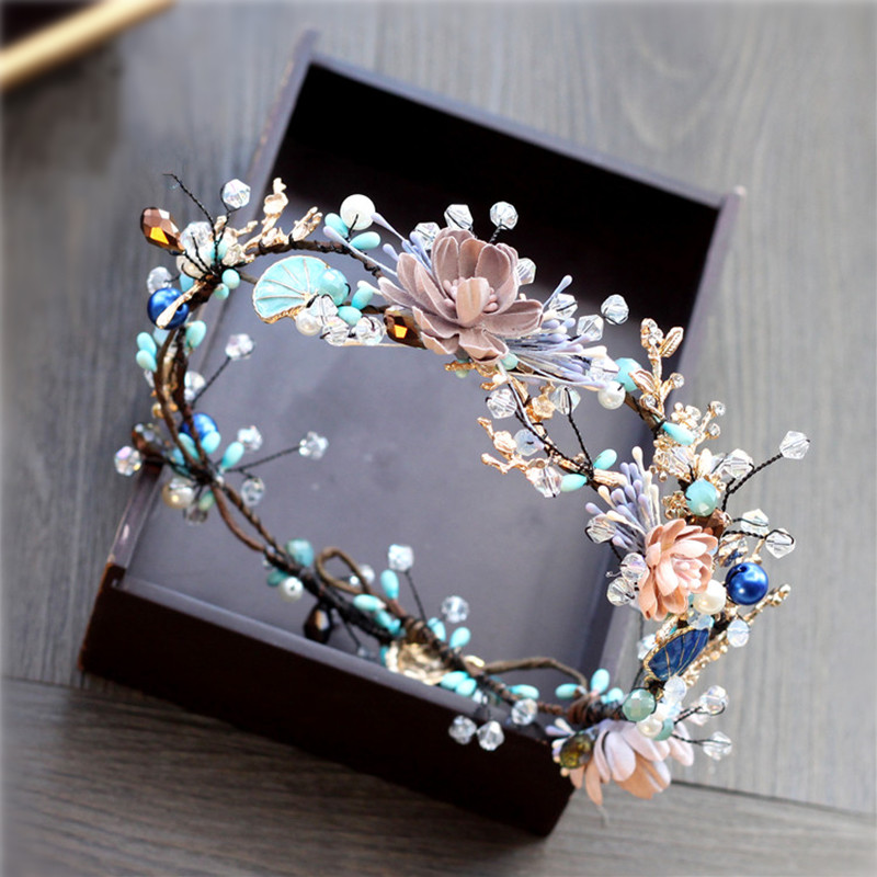 The New Korean Bride Headdress Hair Ornament Golden Blue Handmade Beading Baroque Mori Garland Hair Hoop An Crown 0414-03