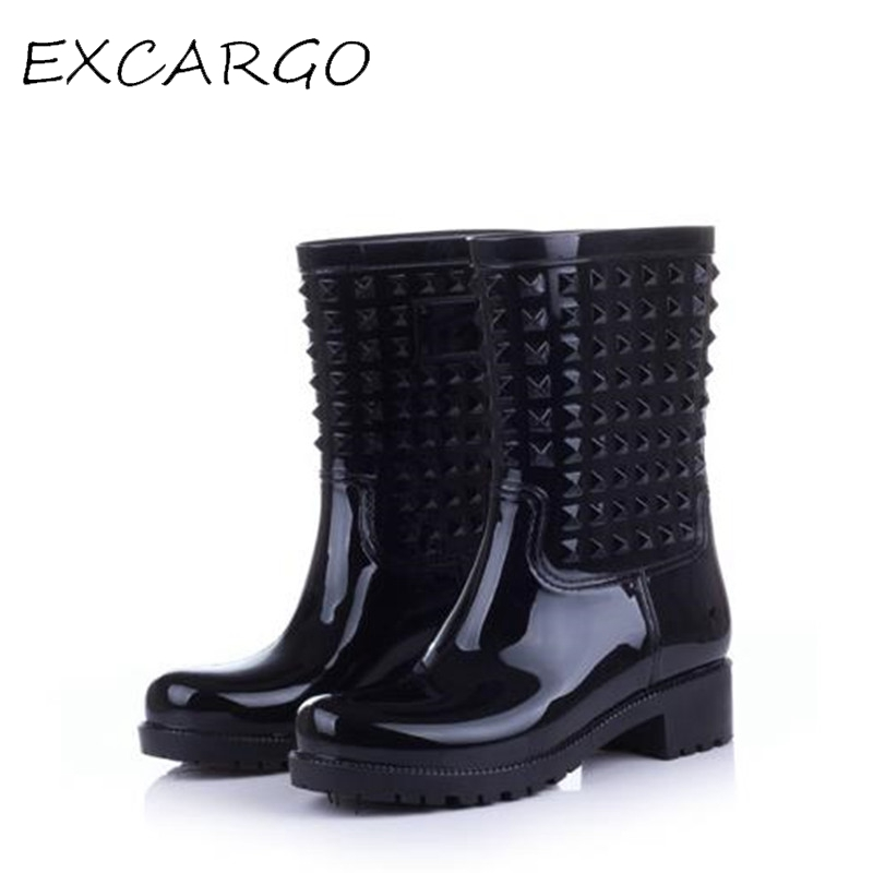 Rivet Fashion Women Rain Boots European Style Rain Boots Female Flat High Top Water Shoes PVC