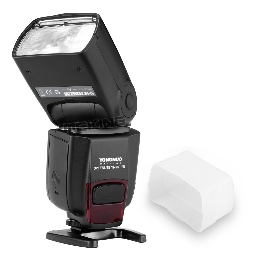 Wireless Flash Speedlite Speedlight Yongnuo YN-560III YN560 III for Canon Nikon Pentax Olympus E520 K-7 450D 60D 5D D3100 G10GK