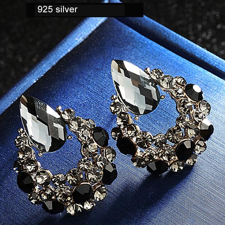 Warme Farben 925 Silver Women Drop Earrings Crystal from Swarovski Black Zircon Female Fashion Jewelry Simple Earring Party Gift in Earrings from Jewelry Accessories