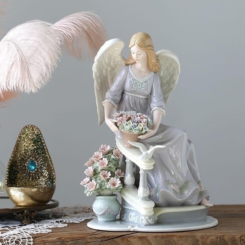Креативные статуэтки Ангел девушка держа корзину полный цветов Скульптура домашнего интерьера украшения ремесла керамическое искусство