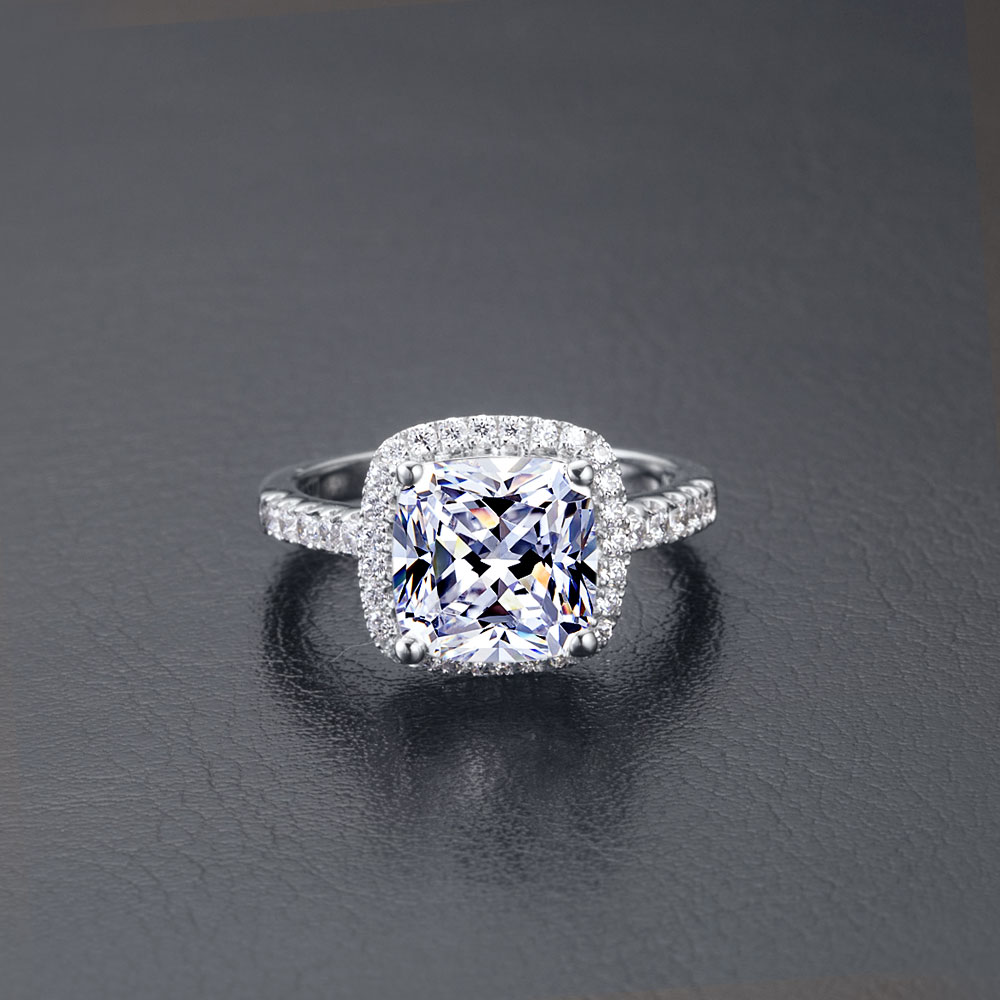 Popular Design 2ct Cushion Cut Moissanite Engagement Ring For Woman Real  18k 750 White Gold Wedding Ring Fine Jewelryin Rings From Jewelry &  Accessories On
