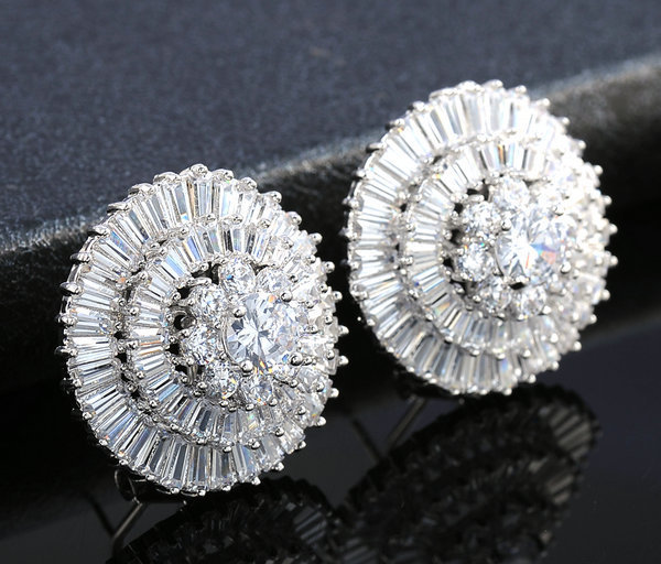 Brand new cut cubic zircon sparkling exaggerated women stud earrings micro setting gold plated banquest crystal earrings