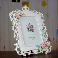 Europe Style Photo Frame Porta Retrato Modern Flower Pattern Home Resin Crafts Picture Frame Living Room