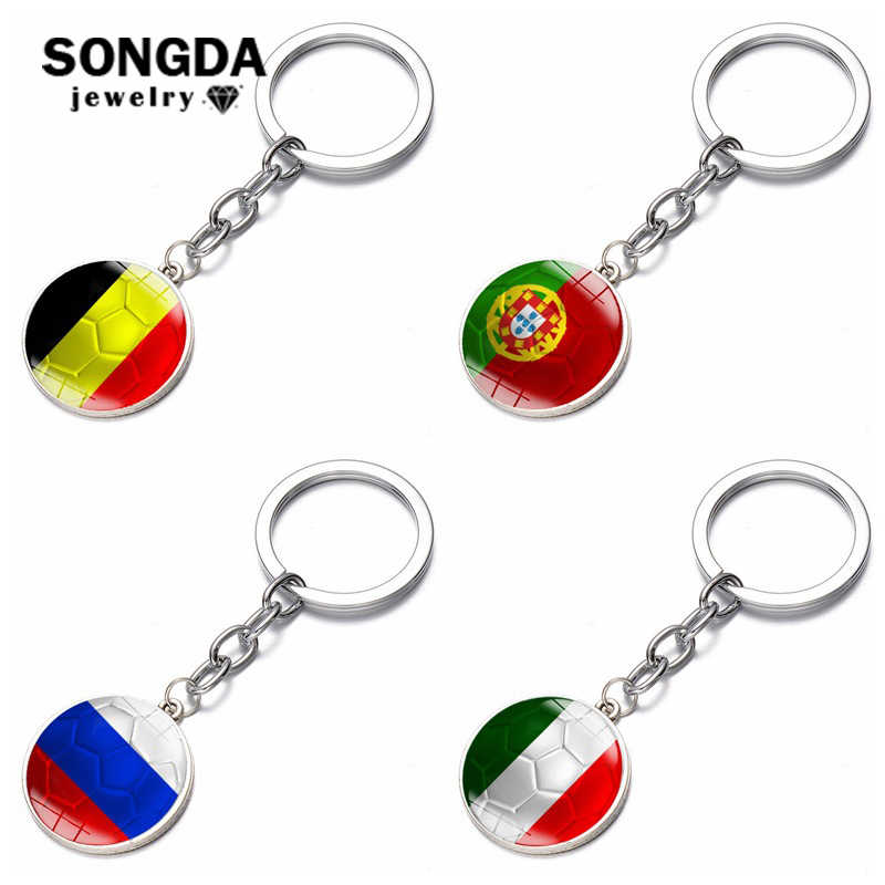 SONGDA 2018 Football Game Flag Logo Glass Cabochon Pendant Keychain Italy Belgium Russia Portugal Soccer Flag Countries Lovers