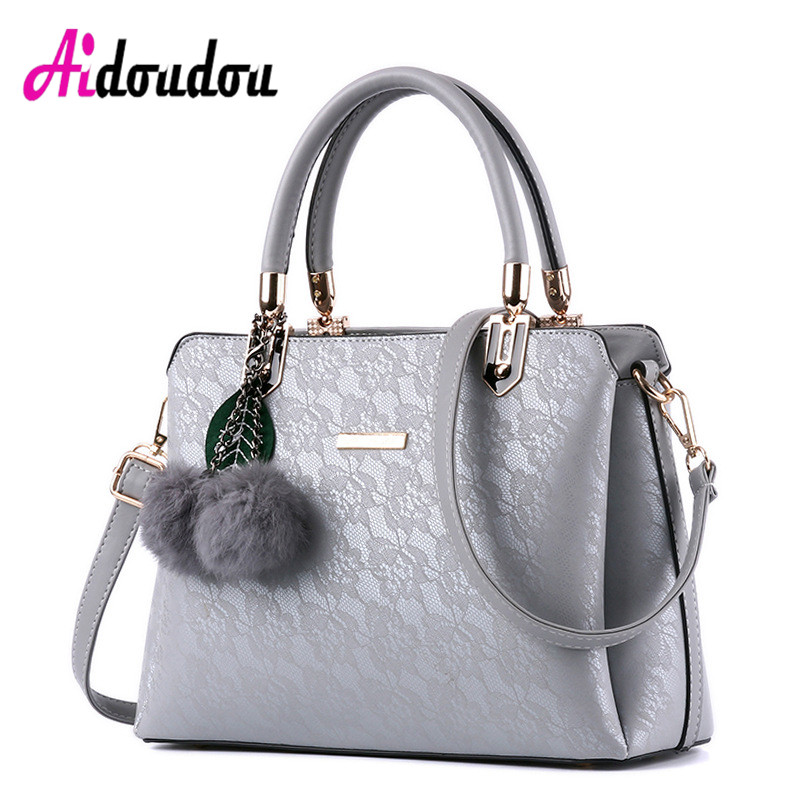 Fashion Luxury Handbags Women Bags Designer High Quality Crossbody Bag With Fur Ball Sac a Main Femme De Marque Luxe Cuir 2017 2016 fashion women alligator top handle wristlets bag female dress handbag sac a main femme de marque luxe cuir shoulder bags