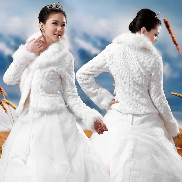 Wedding Accessories High Quality Faux Fur Bolero Long Sleeves Ivory Jackets Winter Warm Coats Bride