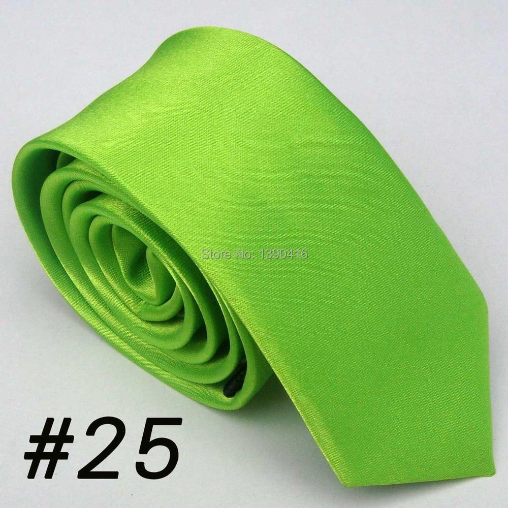 Aus Dem Ausland Importiert Xincai Schweren Rabatt! Hohe Umsatz! Zwei Stücke Von Verkauf! 2018 Neueste Stil Fashion Fluorescent Grün Einfarbig Männer Seidenkrawatte