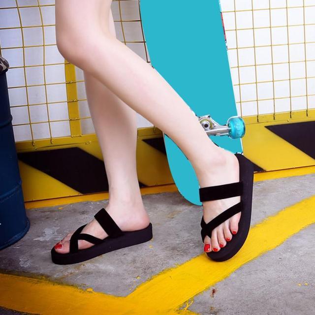 Summer Women Slippers Fashion Casual Flat Flip Flops Sandals Ladies Anti-skid Beach Flat Open Toe Slipper Shoes  1 1