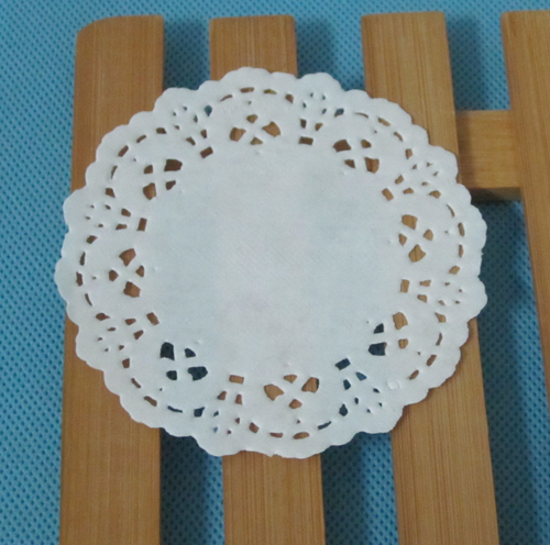 white paper doilies buy Royal lace medallion lace white paper doilies 6 $219 add to cart add to wishlist | add to compare royal lace silver foil paper medallion lace paper doilies 6 $2.