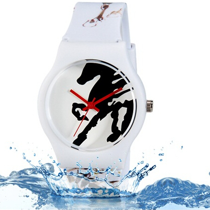Willis quartz watch women brand Horse Pattern rubber strap watch Water Resistant Wrist Watch