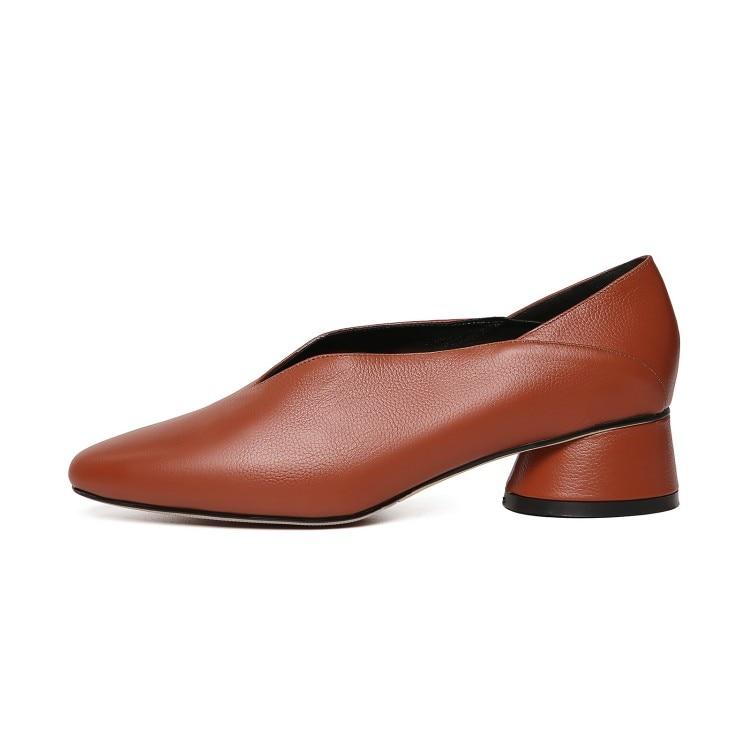 Mljuese 2019 여성 펌프 가을 봄 부드러운 암소 가죽 슬립 블랙 컬러 로마 스타일 광장 발가락 낮은 발 뒤꿈치 신발 크기 33 40-에서여성용 펌프부터 신발 의  그룹 3