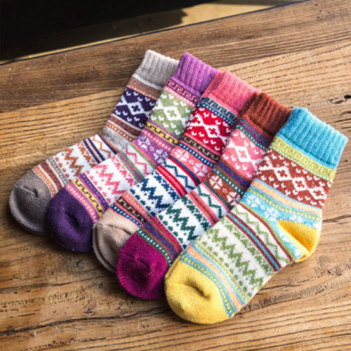 New Christmas Elements Print Socks Fashion Design Women Thicken Wool Soft Cotton Sock Warm Comfortable Christmas Gift