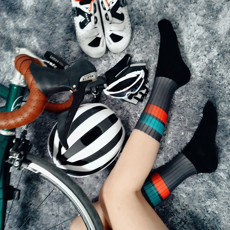 2019 New Professional Cycling Socks Men And Women Top Quality Running Sport Socks Breathable Mtb Bicycle Sock
