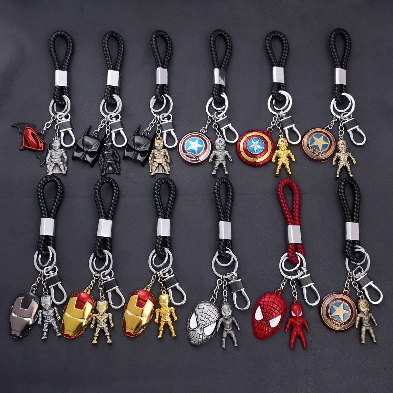 1pcs Cartoon Figure Marvel Avenger Key Chain PVC Anime Hulk Batman Key Ring Kid Toy Pendant Super Hero Keychain Holder Xmas Gift