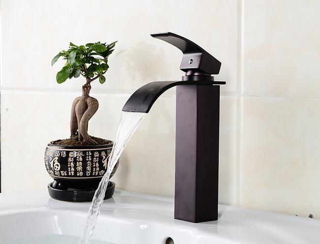 Kraan Badkamer Zwart : Badkamer kraan zwarte wastafelkranen warm en koud water wastafel