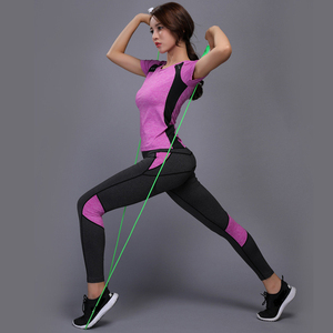 Image 1 - OLOEYER סקסי יוגה סט ספורט ללבוש לנשים כושר TShirt + מכנסיים לנשימה חדר כושר בגדי אימון דחוס יוגה חותלות ספורט חליפה