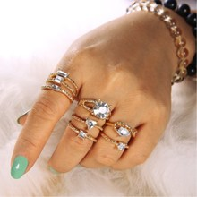 2019 new Selling fashion bohemian retro charm gold ring round jewelry ladies gift box set simple acrylic material