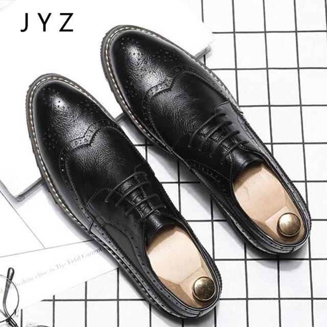 2018 Винтаж модные Мужская модельная обувь на шнуровке оксфорды Обувь с перфорацией типа «броги» человек чёрный; коричневый Размеры 45 46 44 men0008