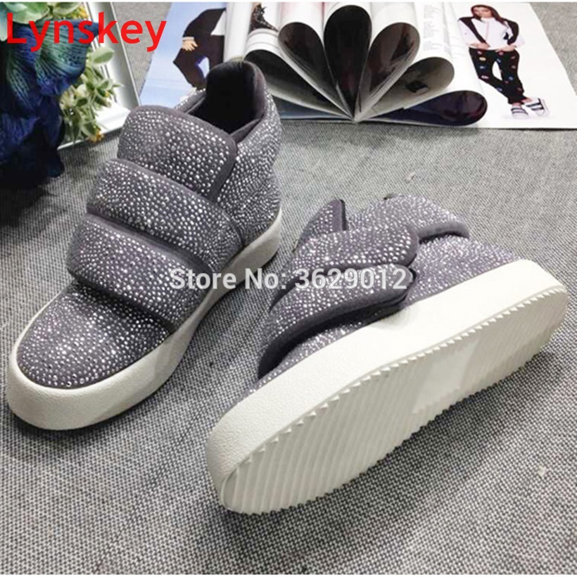 New Fashion Round Toe Ankle Boots Women Rhinestone Crystal Flat Boots Female Booties Footwear Women Boot New Fashion Round Toe Ankle Boots Women Rhinestone Crystal Flat Boots Female Booties Footwear Women Boot