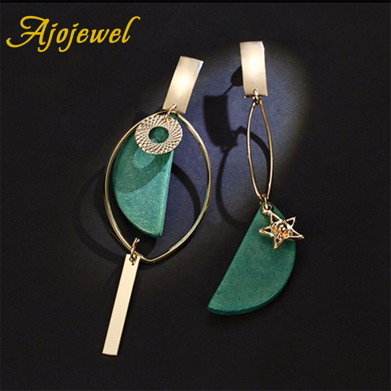 Ajojewel Asymmetrical Green Wooden Earringss