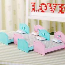 Music Box Hand Crank Bed Shape Music Box Movement DIY Romantic Music Christmas Present Birthday Present