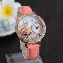 El último estilo caliente diseño de línea única, marca de relojes de lujo, relojes de cuarzo de moda, mujeres de la manera relojes, de gama alta de relojes
