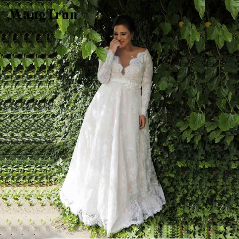 2019 New Lace Plus Size Wedding Dresses Long Sleeves Sheer