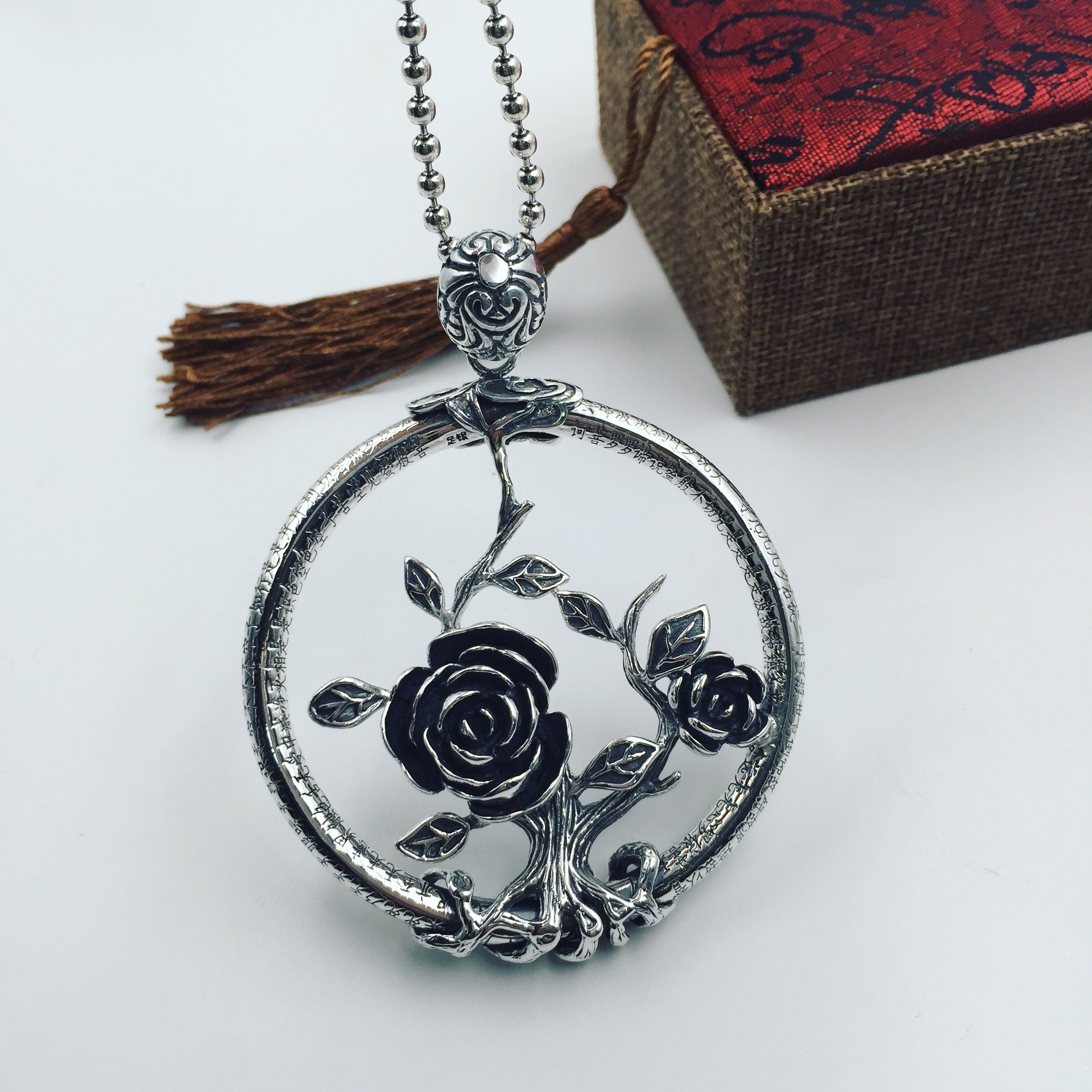 S990 Silver Rose Heart Pendant large stereo font b sweater b font chain Pendant