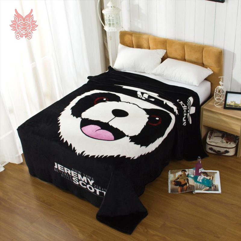 Home textile sofa/air/bedding throw black/white cartoon thick coral fleece blanket for autumn/winter/spring free ship SP2125