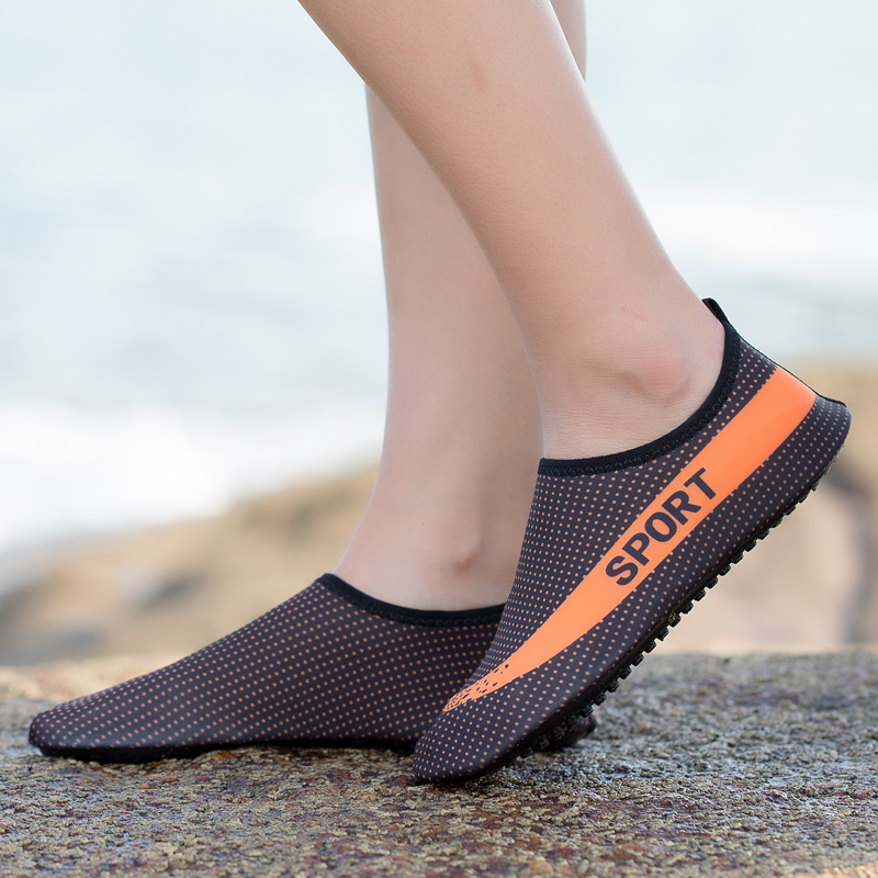 Women Mens Summer Outdoor Beach Shoes Slip On Barefoot Skin Socks Quick Drying Sneaker Shoes Swimming Pool Water Flats