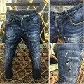 Os Recém-chegados D2 Dos Homens Magros das calças de Brim dos homens Marca de Moda Clássico Patches de Motociclista Jeans Denim de alta Qualidade calças de Brim Dos Homens Calças Calças dsq