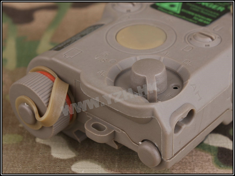 PEQ-15 Battery BOX+Green laser-TAN battery holder
